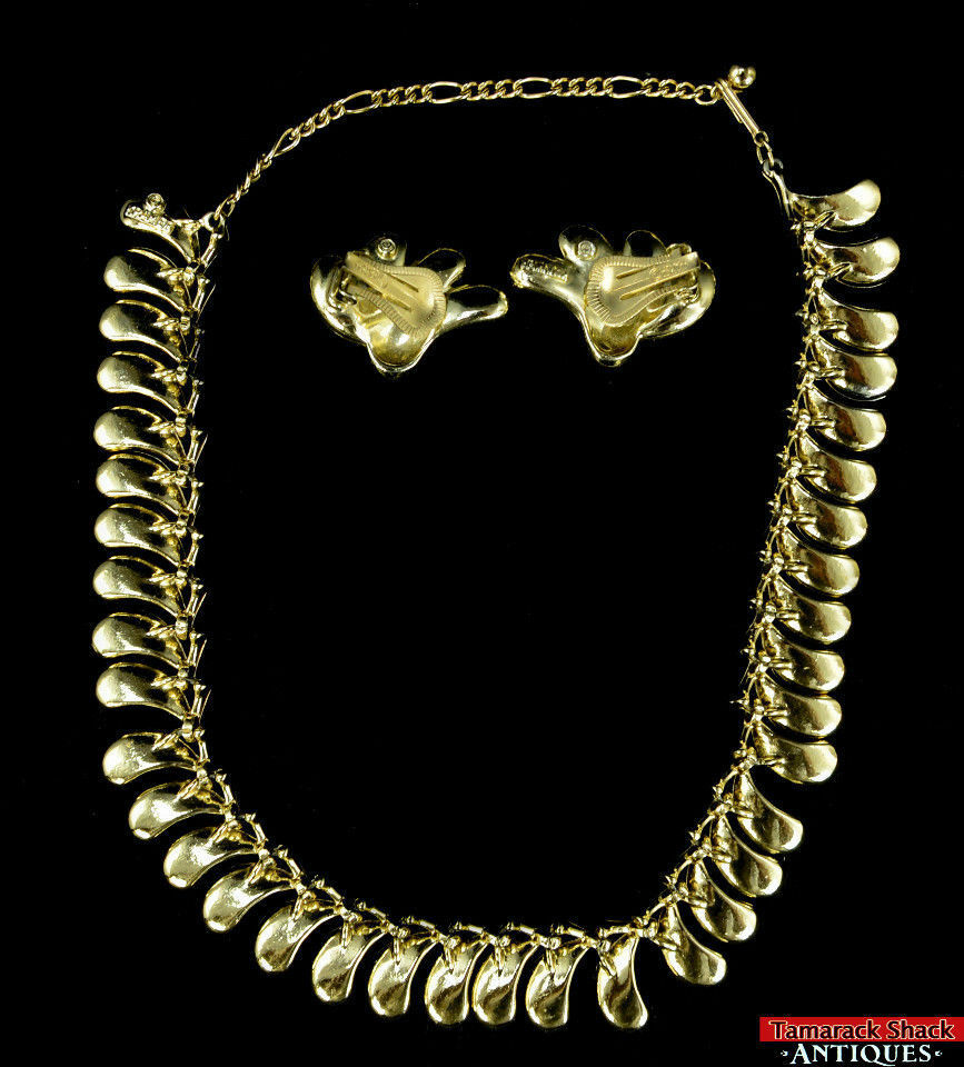 Vtg-Kramer-Designer-Gold-Tone-Multi-Rhinestone-Twist-Teardrops-Necklace-Earrings-291813043171-2.jpg