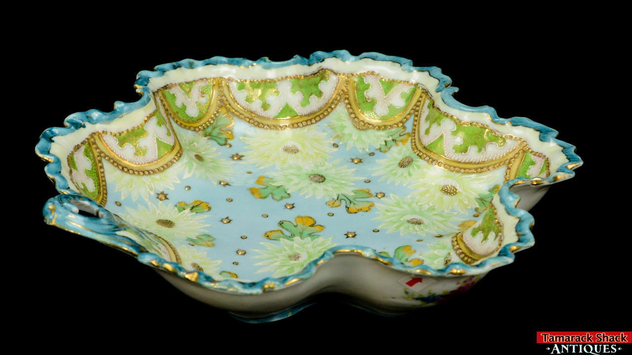 19th-Century-Hand-Painted-Moriage-Scalloped-Floral-and-Lace-Bowl-With-Handle-L8Y-361675509835-3.jpg