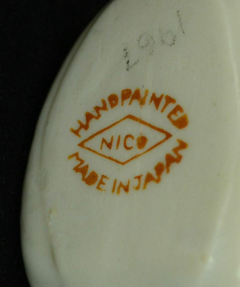 Pair-Souvenir-Shoe-Vase-Smallest-Church-World-Festina-Neshua-Iowa-Porcelain-VTG-361680256405-2.jpg