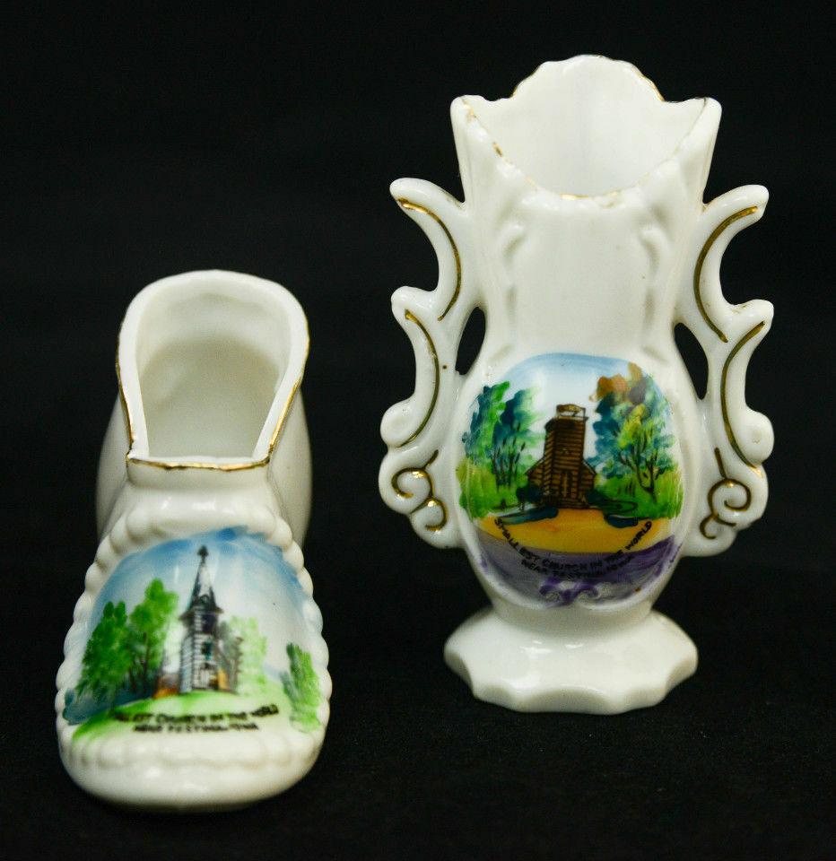 Pair-Souvenir-Shoe-Vase-Smallest-Church-World-Festina-Neshua-Iowa-Porcelain-VTG-361680256405-8.jpg