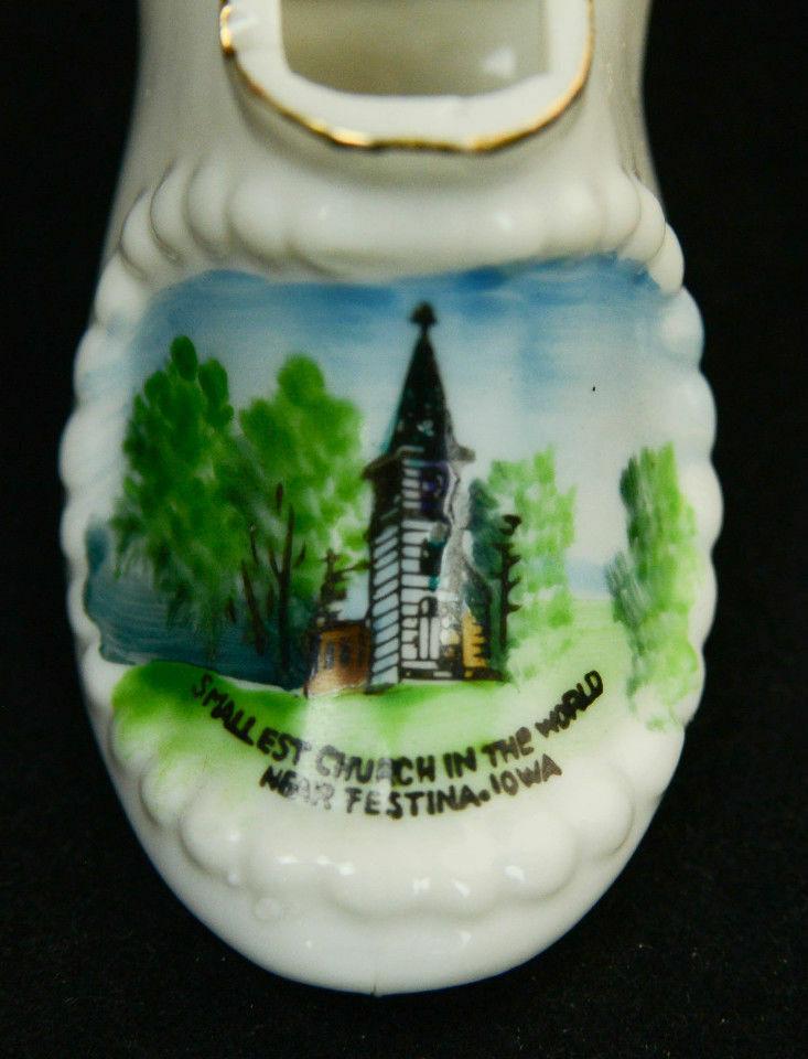 Pair-Souvenir-Shoe-Vase-Smallest-Church-World-Festina-Neshua-Iowa-Porcelain-VTG-361680256405-9.jpg