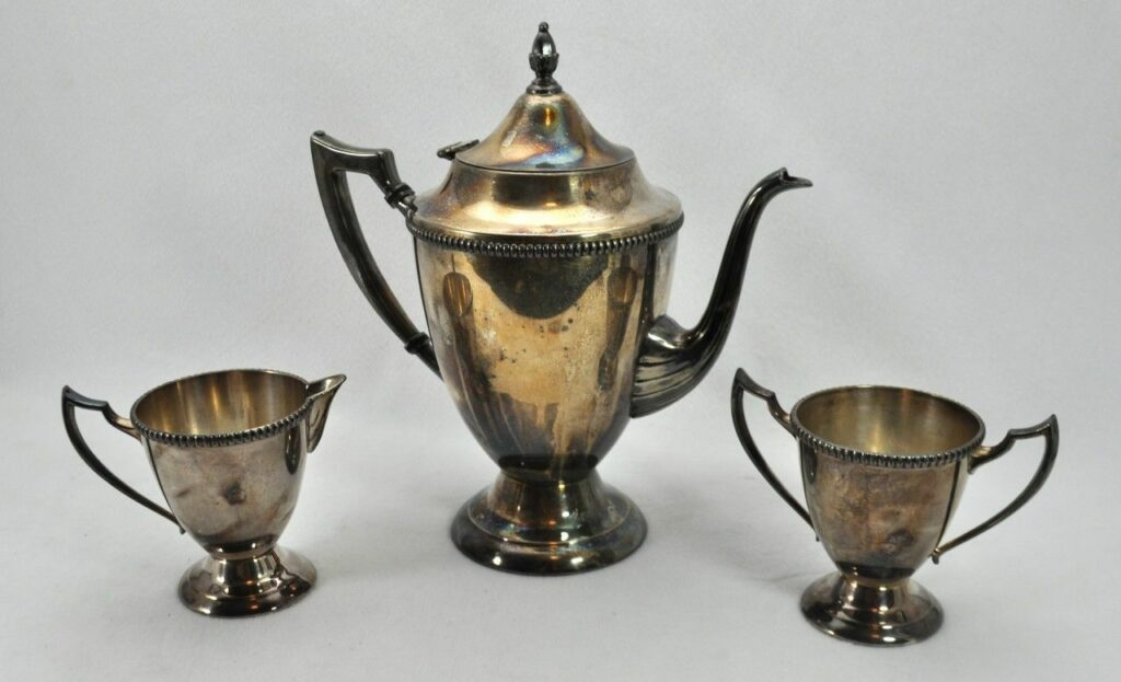 VTG-Rockford-Silverplate-Set-Coffee-Pot-Creamer-Sugar-220822101475-1024x623.jpg