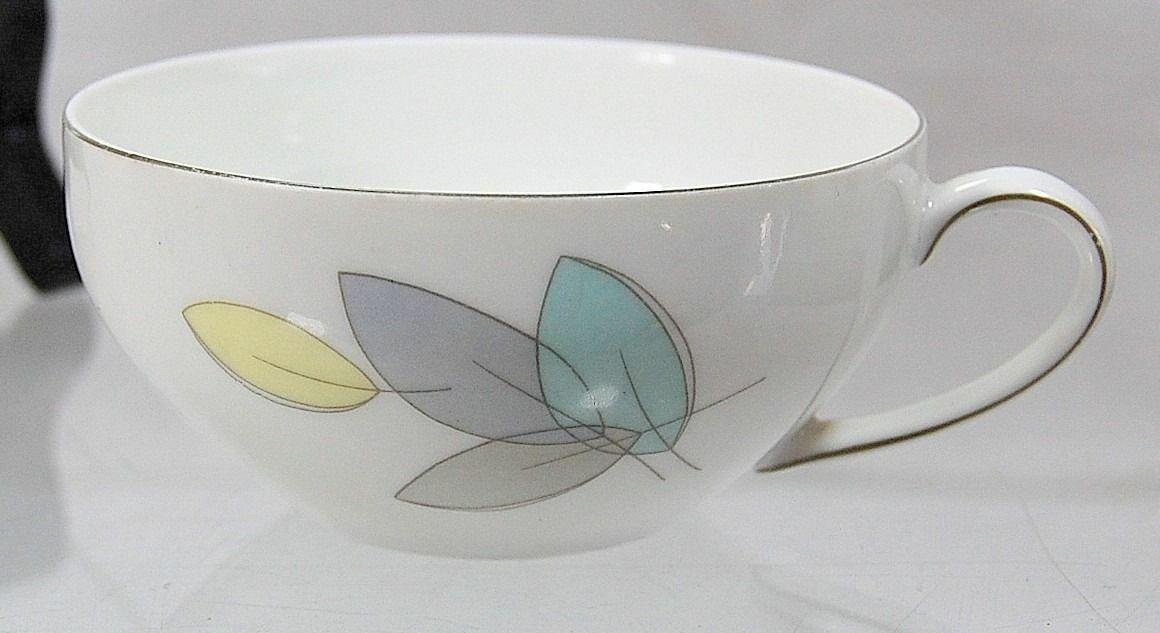 vtg mid century modern arzberg pastel yellow blue green leaves cup saucer set ebay. Black Bedroom Furniture Sets. Home Design Ideas
