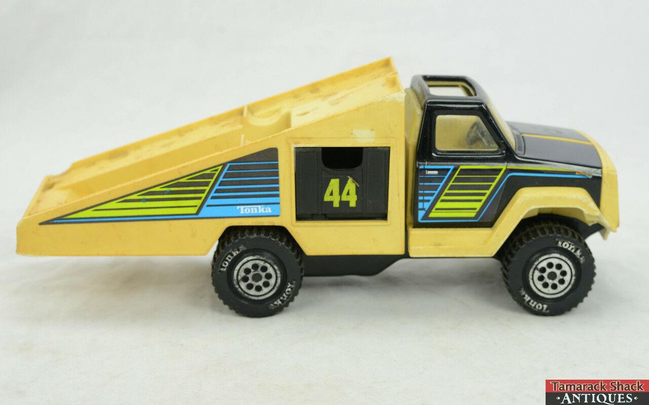 Vintage 1978 Tonka Car Hauler Carrier Tow Truck Ramp Roll Back