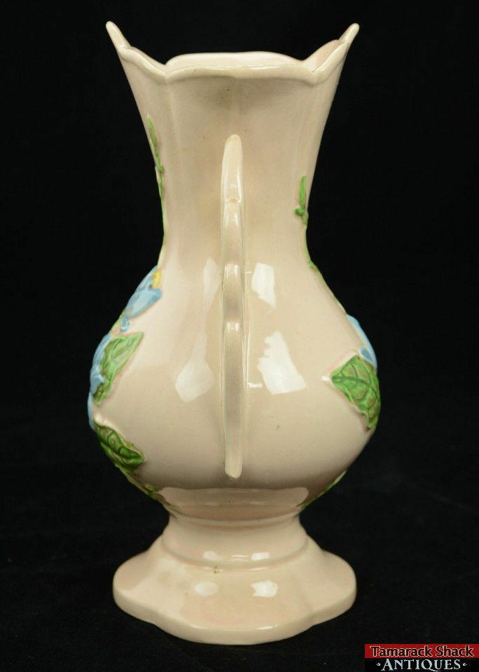 c1947-48-Hull-Art-Blue-Magnolia-Gloss-11-16-12-12-Vase-Pink-Swan-Handle-BIG-361175715049-3.jpg